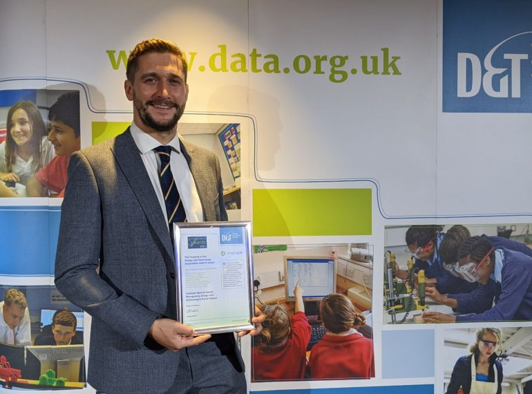 Good in a crisis: teacher wins national award for work to help NHS during early days of pandemic